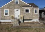 Foreclosed Home in Louisville 40210 BERNHEIM LN - Property ID: 4085642782