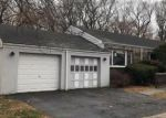 Foreclosed Home in Bridgeport 06610 TEXAS AVE - Property ID: 4085821470