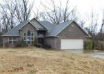 Foreclosed Home in Bella Vista 72715 WORLABY DR - Property ID: 4086079432