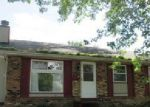 Foreclosed Home in Davenport 52804 W HAYES ST - Property ID: 4086284853