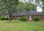 Foreclosed Home in Jackson 38305 VILLAGEWOOD DR - Property ID: 4086860789