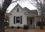 Foreclosed Home in Topeka 66604 SW MEDFORD AVE - Property ID: 4087157736