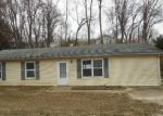 Foreclosed Home in Collinsville 62234 RITA AVE - Property ID: 4089327451