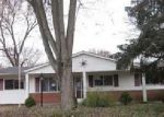 Foreclosed Home in Florissant 63031 BLUEBIRD DR - Property ID: 4089888499