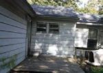 Foreclosed Home in Godfrey 62035 NICOLET DR - Property ID: 4089930992