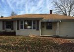 Foreclosed Home in Columbia 62236 N BRIEGEL ST - Property ID: 4089931867