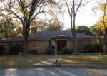 Foreclosed Home in Arlington 76012 PRESTONWOOD DR - Property ID: 4090020324