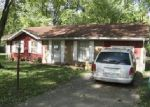 Foreclosed Home in Ashmore 61912 W OAK ST - Property ID: 4090401813