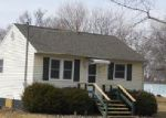Foreclosed Home in Sterling 61081 WOODBURN AVE - Property ID: 4090437720
