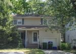 Foreclosed Home in Edison 08817 SAINT MATTHEWS DR - Property ID: 4091087677