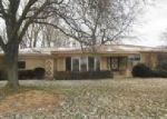 Foreclosed Home in Waterford 48329 SILVERSTONE LN - Property ID: 4091281250