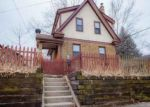 Foreclosed Home in Rockford 61104 10TH AVE - Property ID: 4091587396