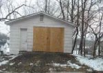 Foreclosed Home in Muscatine 52761 HERSHEY AVE - Property ID: 4091629444