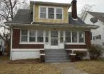 Foreclosed Home in Louisville 40211 RIVER PARK DR - Property ID: 4091657474