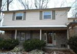 Foreclosed Home in Farmington 48335 HEATHERTON DR - Property ID: 4091737629