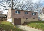 Foreclosed Home in West Haven 06516 ROBART ST - Property ID: 4091898354