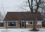 Foreclosed Home in Chicago Heights 60411 W RAYE DR - Property ID: 4092010933