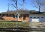Foreclosed Home in Muncie 47302 S BREEZEWOOD DR - Property ID: 4092030185