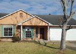 Foreclosed Home in Harvey 70058 SUGARLOAF DR - Property ID: 4092072680