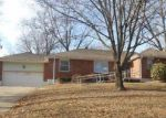 Foreclosed Home in Independence 64052 SHADY BEND DR - Property ID: 4092197501