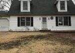 Foreclosed Home in De Soto 63020 ZELL CIR - Property ID: 4092205825
