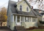 Foreclosed Home in Syracuse 13203 HELEN ST - Property ID: 4092315307
