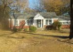 Foreclosed Home in Memphis 38111 KIMBALL AVE - Property ID: 4092867150