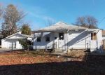 Foreclosed Home in Waterbury 06705 MACAULEY AVE - Property ID: 4092999877