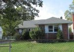 Foreclosed Home in Westbury 11590 ELIZABETH ST - Property ID: 4093078257
