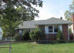 Foreclosed Home in Westbury 11590 ELIZABETH ST - Property ID: 4093078257