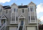 Foreclosed Home in New Haven 06513 QUINNIPIAC AVE - Property ID: 4093128634