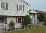 Foreclosed Home in Bloomfield 06002 WHITE BIRCH CIR - Property ID: 4093175941