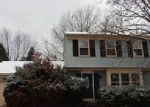 Foreclosed Home in Dover 19904 QUAIL HOLLOW DR - Property ID: 4093306444
