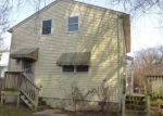 Foreclosed Home in Dover 19904 N GOVERNORS AVE - Property ID: 4093591126