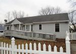 Foreclosed Home in New Castle 19720 WARDOR AVE - Property ID: 4093623995