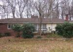 Foreclosed Home in Uniontown 44685 ROBINWOOD DR - Property ID: 4094449110