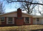Foreclosed Home in Belleville 62221 BUNKER HILL RD - Property ID: 4095169592