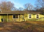 Foreclosed Home in Evansville 47710 MEADOWRIDGE RD - Property ID: 4095413541