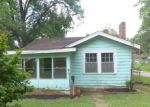 Foreclosed Home in Bessemer 35020 CENTER ST - Property ID: 4096140131