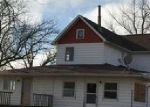 Foreclosed Home in Walnut 61376 BASELINE RD - Property ID: 4096240883