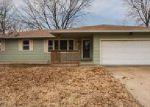 Foreclosed Home in Topeka 66614 SW BELLE AVE - Property ID: 4096371382