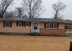 Foreclosed Home in Oswego 67356 SUNSET DR - Property ID: 4096374456