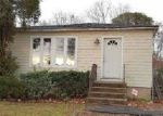 Foreclosed Home in Shirley 11967 DECATUR AVE - Property ID: 4097931451