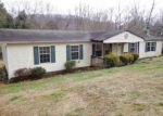 Foreclosed Home in Elizabethton 37643 SMITH AVE - Property ID: 4098646671