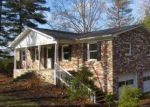 Foreclosed Home in Kingsport 37660 BAYS COVE TRL - Property ID: 4099127562