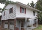 Foreclosed Home in Fairmont 26554 STERLING RD - Property ID: 4100113439