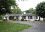 Foreclosed Home in Springfield 37172 N SEQUOIA DR - Property ID: 4100836535
