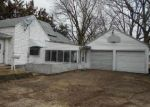Foreclosed Home in Sterling 61081 16TH AVE - Property ID: 4100994196