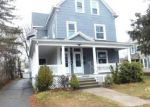 Foreclosed Home in New Britain 06051 WALLACE ST - Property ID: 4101494820