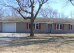 Foreclosed Home in Richmond 64085 BENTON ST - Property ID: 4101736124